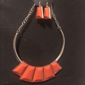 4 For $25 ⭐️ Paparazzi pumpkin orange necklace set